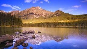göl,doğa,gökyüzü,ağaç,dağ