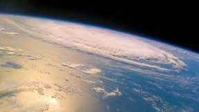 dünya,uzay