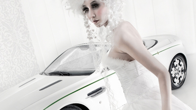 Aston Martin V8 Vantage Blanc De Blancs