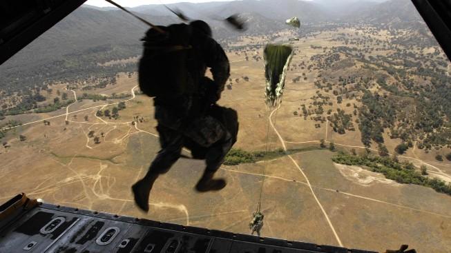 Hava İndirme Askeri
