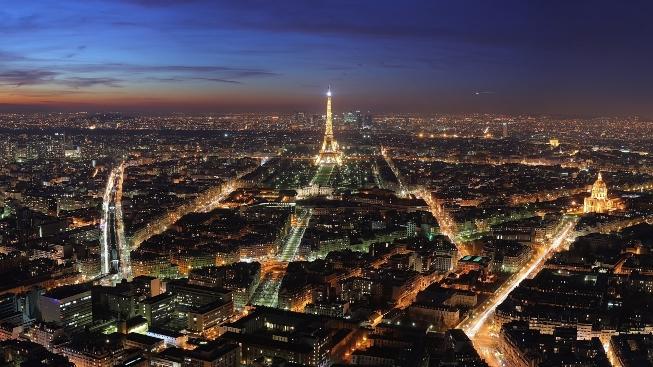 Paris Şehri Gece