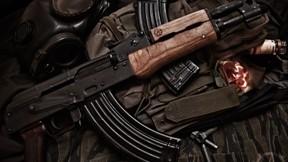 tüfek,ak-47,askeri,şarjör,gaz maskesi