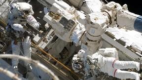 astronot,uzay,mekik