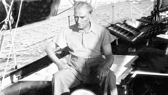 Atatürk Deniz Gezisinde