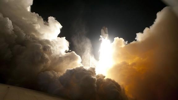 Yörüngeye Fırlatılan Uzay Mekiği