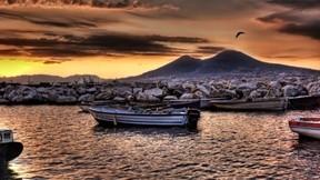 deniz,tekne,taş,günbatımı,gökyüzü