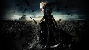 pamuk prenses ve avcı,film,charlize theron