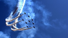 uçak,gökyüzü