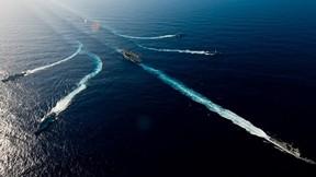 fırkateyn,uçak gemisi,deniz,tatbikat,askeri taşıt