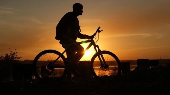 Günbatımı Bisiklet