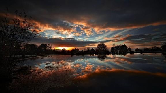 Günbatımı Bulut Yansıması