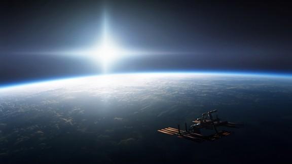 Uzay İstasyonu ve Dünya
