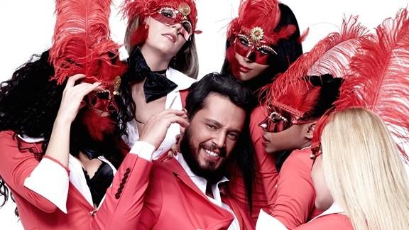 Murat Boz ve Dansçılar