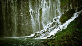 şelale,doğa,kayalık