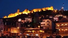 tiflis,şehir,kale,gece