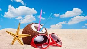 yaz,kumsal,gözlük,hindistan cevizi,gökyüzü