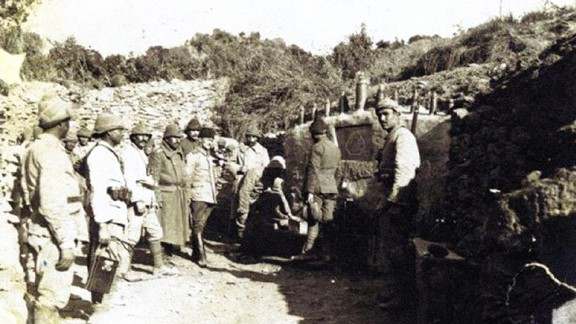 Çanakkale Arif Bey Çeşmesinden Mehmetçiklerin Su Alışı
