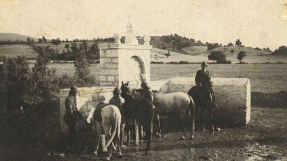 Atlarına Su Veren Süvariler
