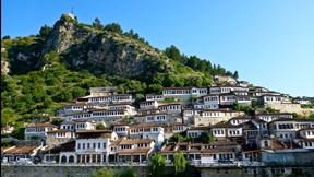 berat,arnavutluk,şehir,dağ,gökyüzü