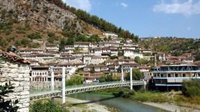 berat,arnavutluk,şehir,köprü,nehir