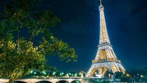 eyfel kulesi,paris,fransa,ağaç