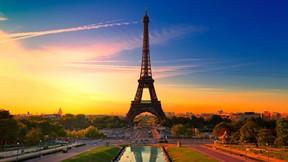 eyfel kulesi,paris,fransa,günbatımı