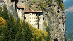sümela manastırı,trabzon,manastır,kayalık,orman