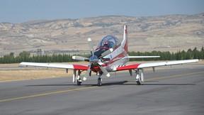 tai,hürkuş,eğitim uçağı,pist