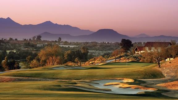 Günbatımı Golf Sahası